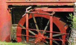 Ne faudrait-il pas conserver les moulins hydrauliques pour 2050 ?