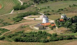 Autriche : Le Moulin de Retz