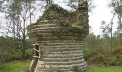 """Association """"Eau Grées des Moulins"""" : Appel aux dons pour redonner vie au moulin à vent de la Vieille Ville, à Saint-Jacut-les-Pins (Morbihan)"""