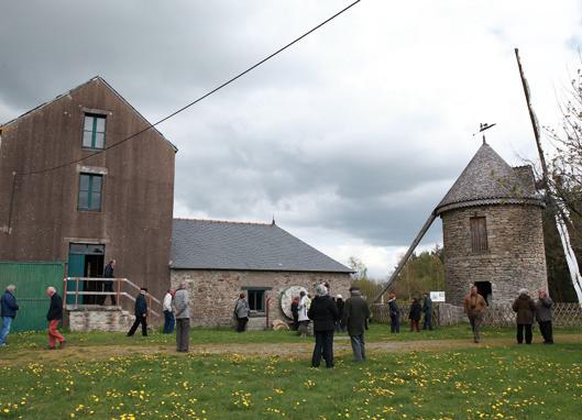 Site du moulin neuf avec la minoterie Brodu et le moulin à vent - chiché R. Valais