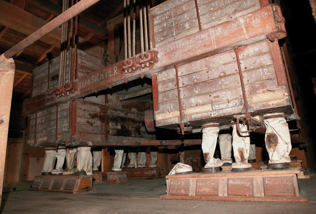 Intérieur moulin de Gervaux - cliché R. Valais.