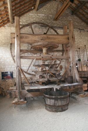 Musée du Cidre du Pays d'Othe,moulin à sang
