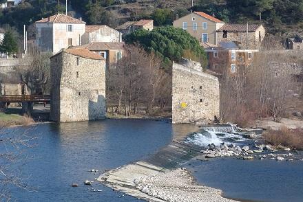 Les moulins de Roquebrun