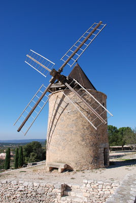 Moulin-tour