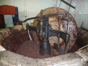 Moulin à huile de La Roquette-sur-Var