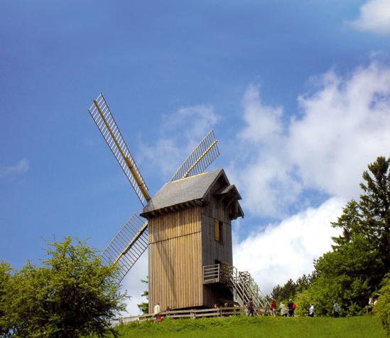 Moulin à vent, Village des Vieux Métiers