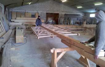 Les ailes en atelier. Cliché Association Cconservation du patrimoine de Lambesc