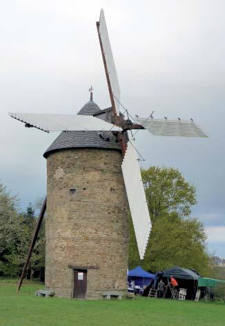 Le moulin Bertaud le 13 avril 2012- Photo M. Lajoie-Mazenc