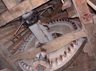 Le rouet et le mécanisme Berton. Photo M. Lajoie-Mazenc