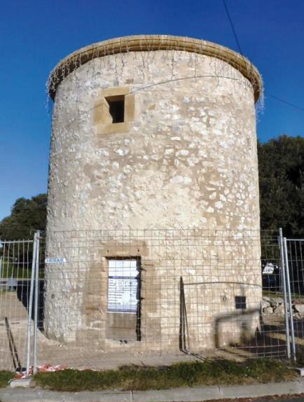 Cliché Conservation du Patrimoine de Lambesc Moulin de Bertoire en cours de réhabilitation.