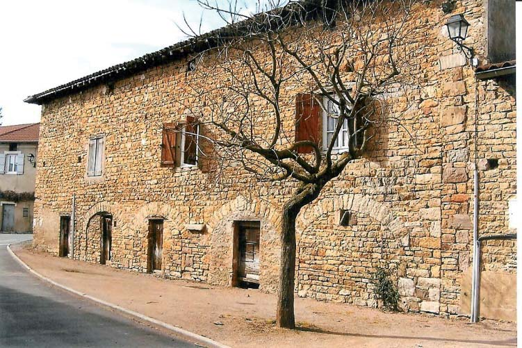 Deux moulins dans cette maison conservent encore une meule. Photo DR.