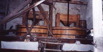 Fig1 : Chambre des meules du moulin (photo de l'auteur)