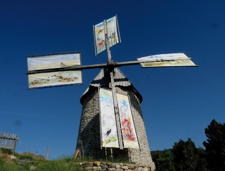 Moulin de Cucugnan pour les Journées Européennes des Moulins et du Patrimoine Meulier 2011. Photo Roland Feuillas