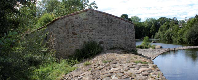La Sèvre Nantaise à Cugand au Moulin foulon de Cugand. Photo Charpentier
