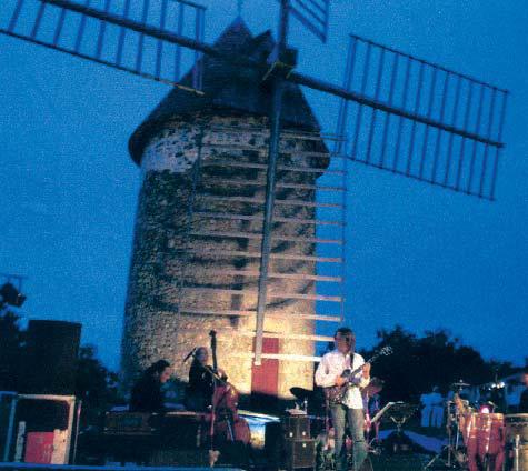 Moulin de Cussol - Concert Scènes d'Eté en Gironde (Photo D.Charpentier) 2006