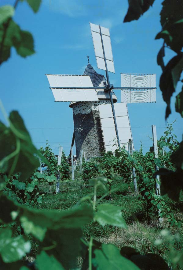 Le moulin de Cussol lors de la Journée des Moulins en 2003 - photo DR