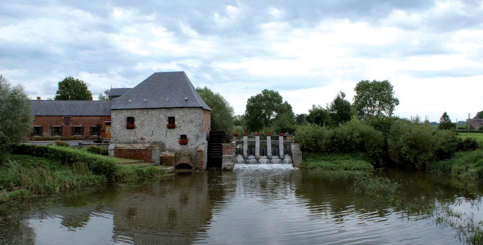 Sur l'Helpe Mineure (Nord) et le moulin du Grand Fayt. Photo Eric Charpentier