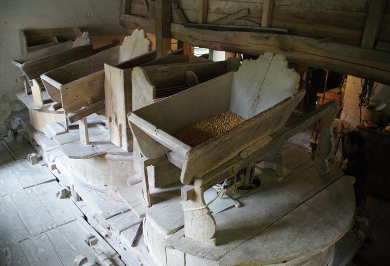 Intérieur du moulin de la Ribère à Mauvezin