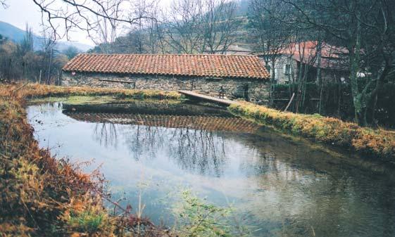 le Moulin, le réservoir et le hameau du Mazel - photo JP Azéma