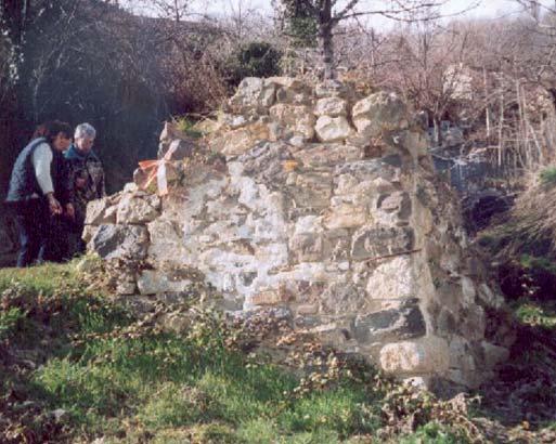 Le moulin avant sa rehabilitation. Photo de l'Association Garrotxes Conflent.