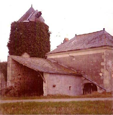 Le Moulin de la Lussière avant restauration en 1993