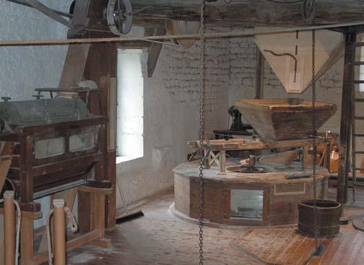 la salle des meules - cliché Maison de la Meunerie