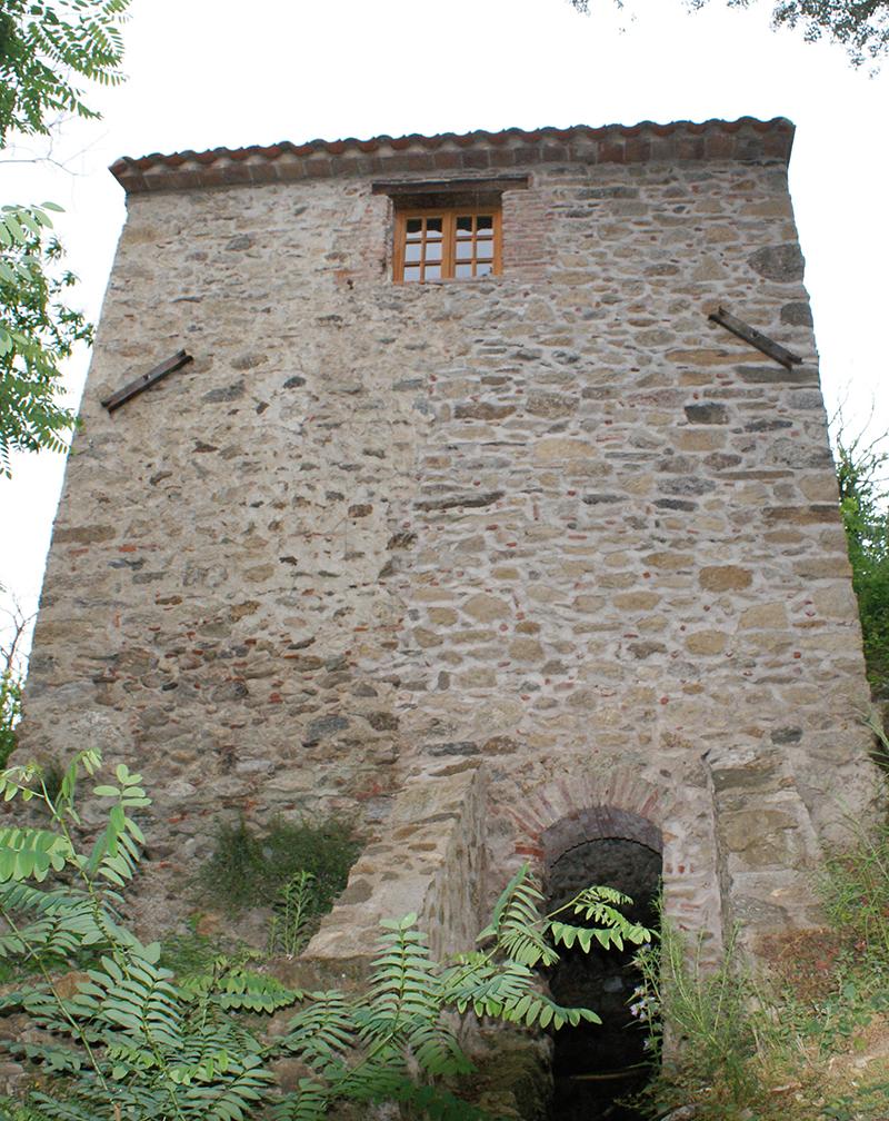 Le moulin de la Pave (Pyrénées-Orientales) Photo E. Charpentier