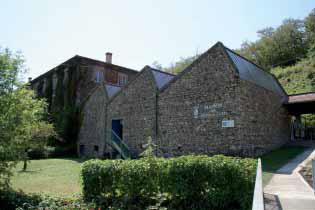Terrasse Dorlay - Musée des tresses et des lacets entrée du Musée. Photo E. Charpentier