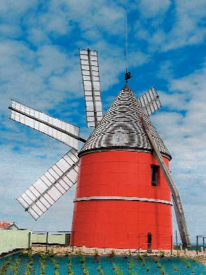 Moulin de Nailloux à six ailes (Photo M-C Rivet)