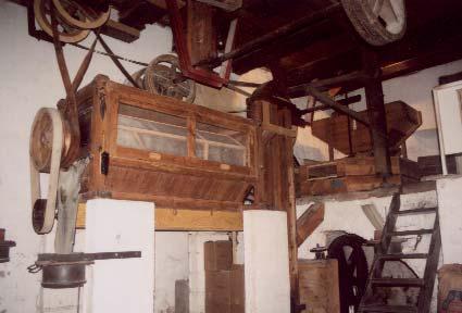 L'intérieur du moulin de Soleils à Trigance - photo M.Pannetier.