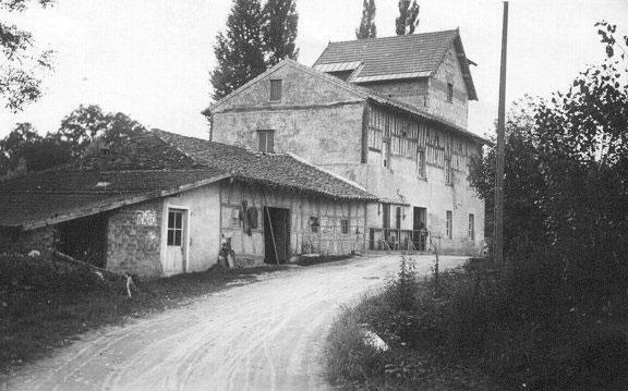 Le Moulin Mathy, autrefois, à Montpont-en-Bresse. Photo DR