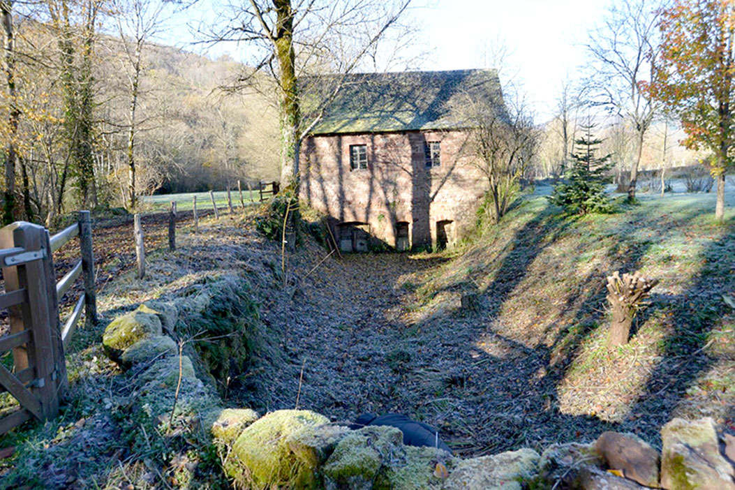 Moulin de Malbosc - Le site de Malbosc. Vannes d'entrée - Photo Jacky Jeandot