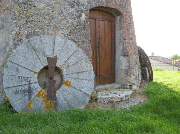 Moulin Neuf de Cambiac - Photos Jean François Deletang - www.moulins-a-vent.net