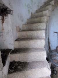 Meules en granit de l'escalier du Moulin du Chêne Photo DR.