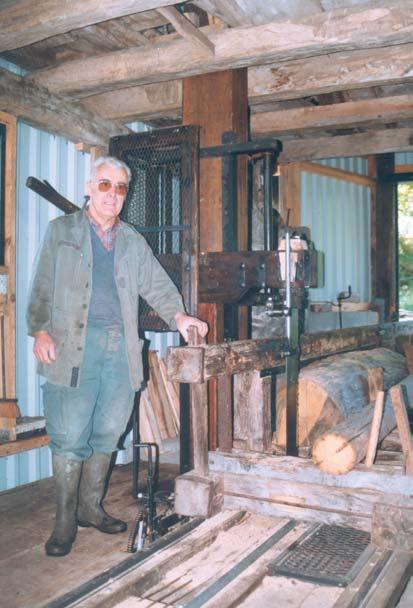 Le propriétaire, Monsieur DUPONT - Moulin de Ressec (09) photo Eric Charpentier