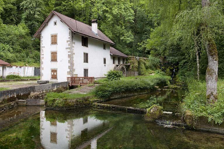 Vue rapprochée depuis l'aval. © Région Franche-Comté, Inventaire du patrimoine