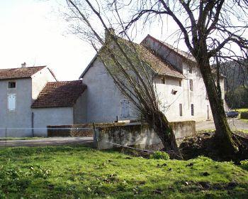 Moulin Chevalier - Façade ouest - Photo www.moulinchevalier.fr